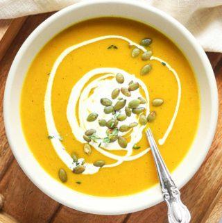 bowl of roasted pumpkin soup